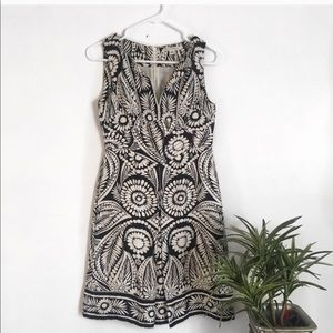 Banana republic 100% silk black and white dress